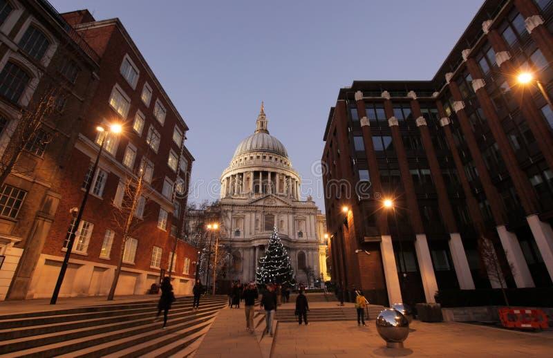 Cattedrale di St Paul al crepuscolo immagini stock libere da diritti