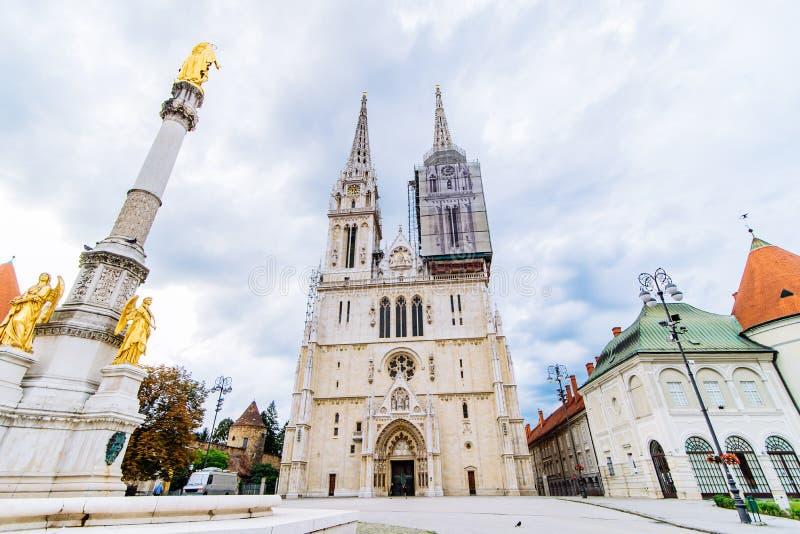 Cattedrale di vecchia chiesa gotica europea di Zagabria fotografia stock