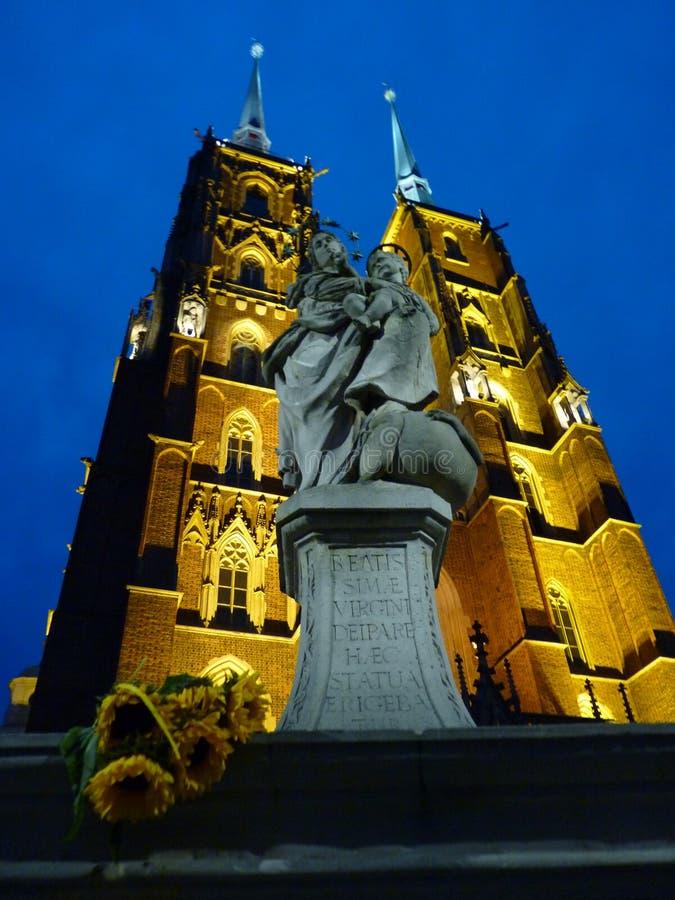 Cattedrale gotica di St John il battista sull'isola di Tumski Seat di Roman Catholic Archdiocese di Wroclaw e di uno dei famose fotografie stock