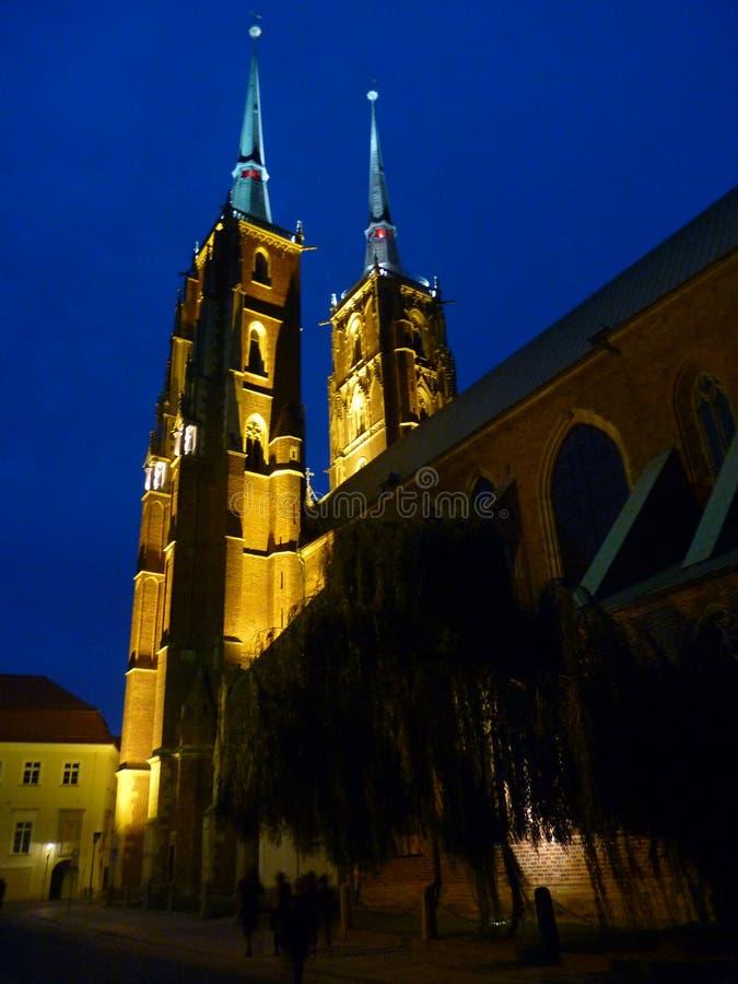 Cattedrale gotica di St John il battista sull'isola di Tumski Seat di Roman Catholic Archdiocese di Wroclaw e di uno dei famose fotografia stock libera da diritti