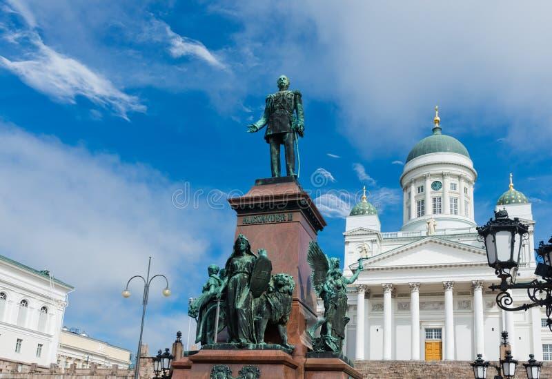 Cattedrale luterana e monumento all'imperatore russo Alessandro II fotografia stock
