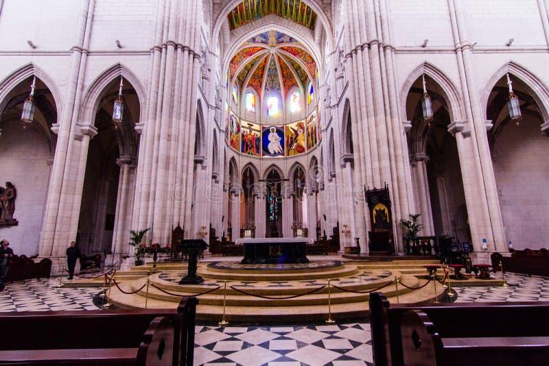 Cattedrale Madrid di Almudena fotografie stock