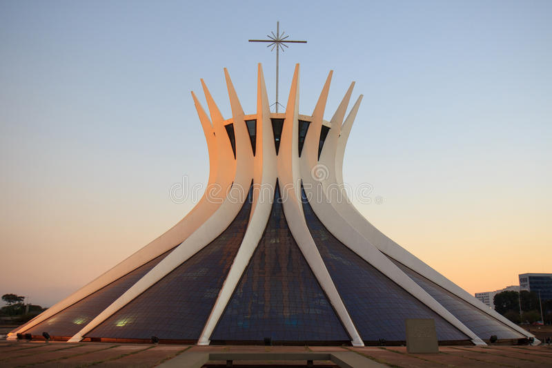Cattedrale metropolitana a Brasilia, Brasile fotografia stock libera da diritti