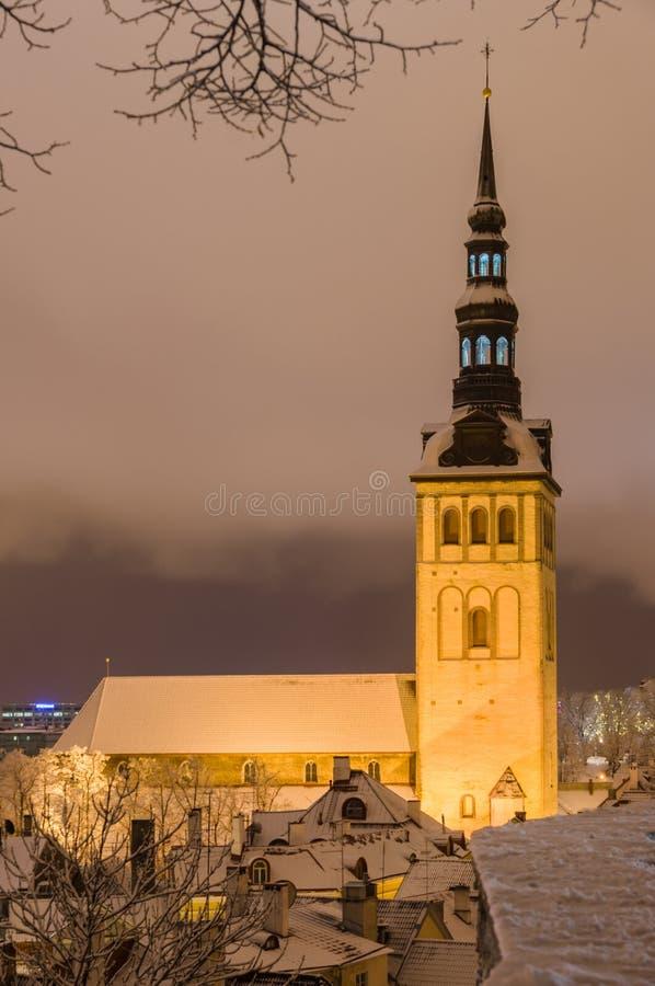 Cattedrale sulla notte di inverno, Tallinn, Estonia di Niguliste immagine stock libera da diritti