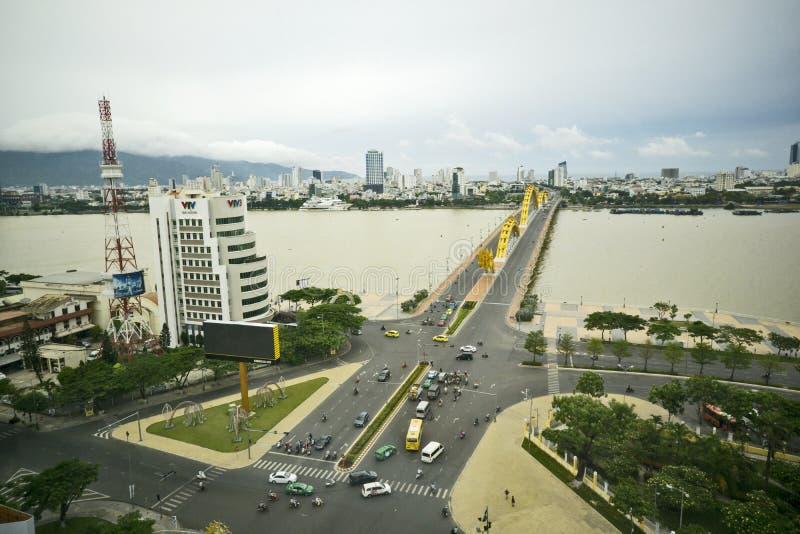 Cau荣-龙桥梁,岘港市市,越南 免版税库存图片