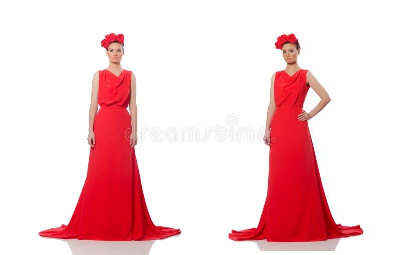 Caucasian model w czerwie? wiecz?r d?ugiej sukni odizolowywaj?cej na bielu dosy? zdjęcie royalty free