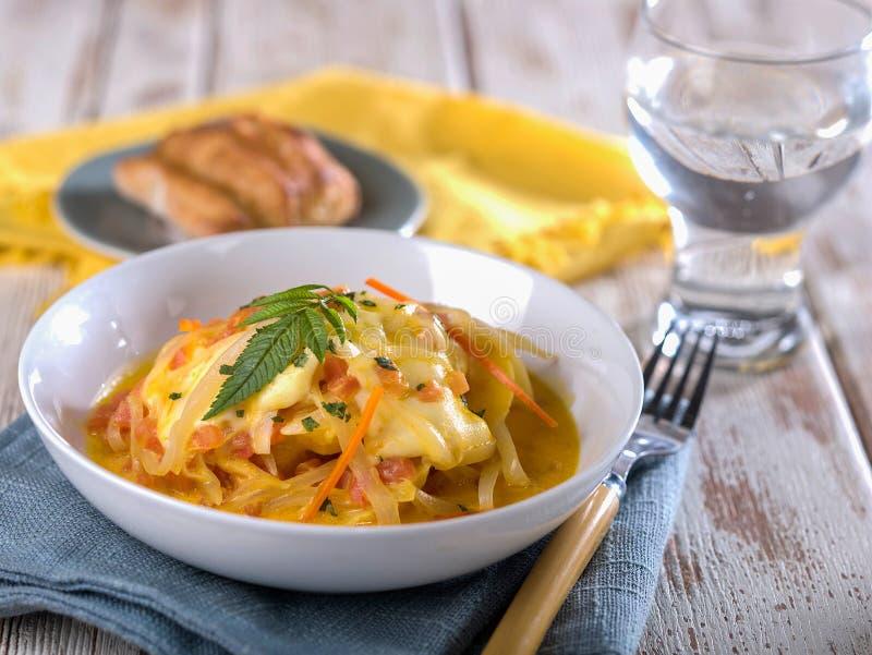 Cauche从秘鲁的de queso、典型的乳酪和葱汤 免版税库存图片