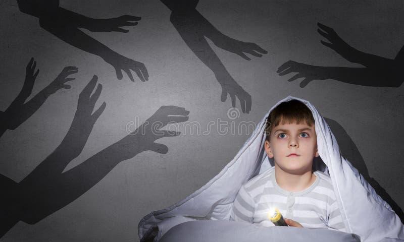 Cauchemars d'enfant photos stock