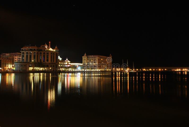 caudan晚上江边 图库摄影