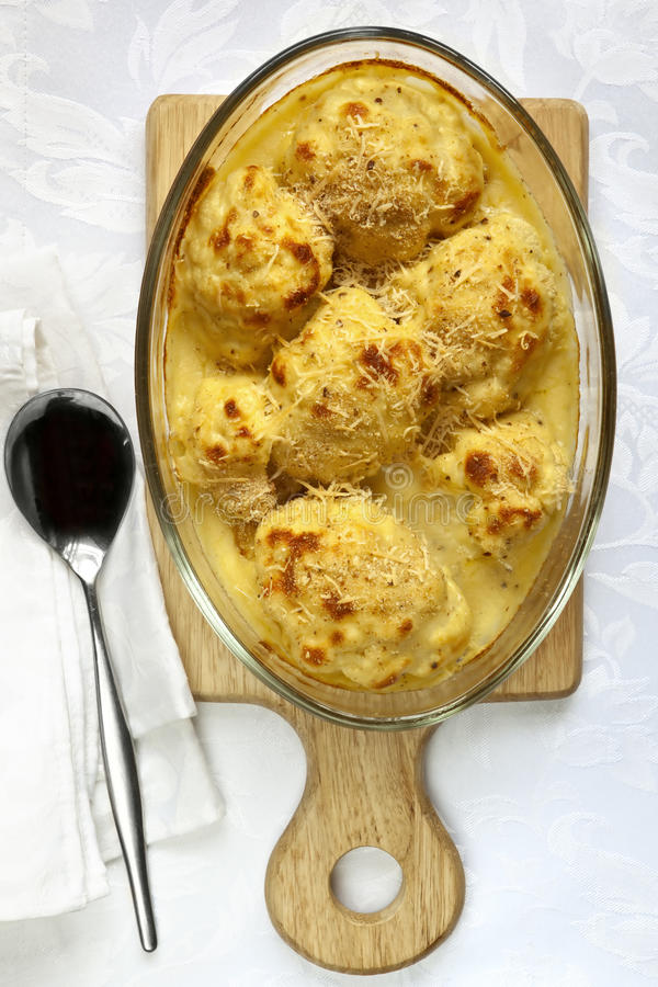 Download Cauliflower Cheese stock image. Image of cooked, food - 20140299
