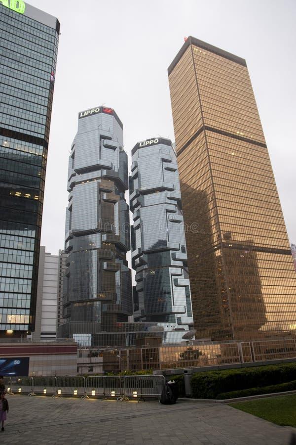Causeway Bay-wolkenkrabber in Hongkong stock foto