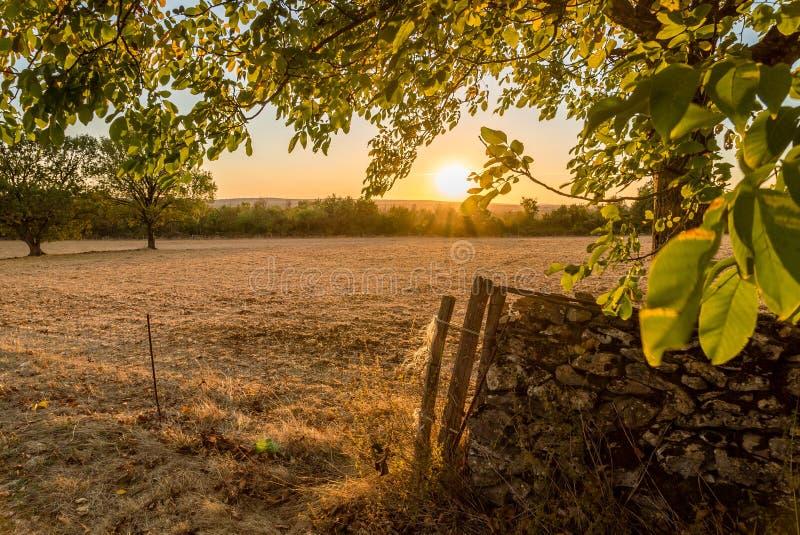 Causses在日落的du Quercy在Occitanie,法国 库存图片