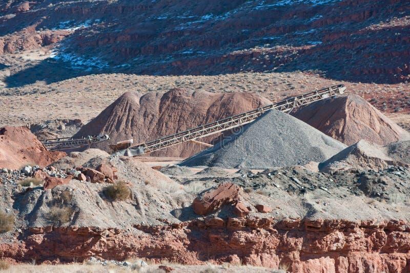 Cava di ghiaia del deserto immagini stock libere da diritti
