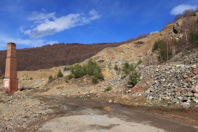 Cava di pietra bulgara in disuso fotografia stock libera da diritti