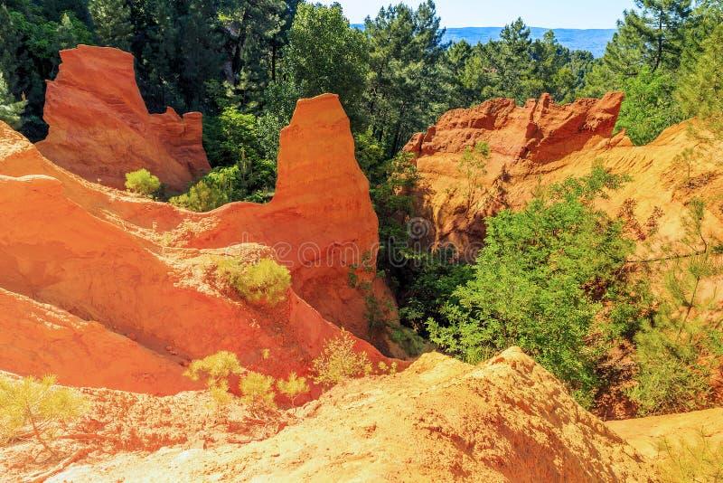 Cava ocracea in Roussillion in Provenza fotografie stock