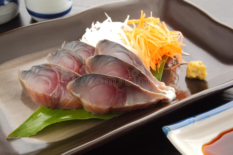 cavala do Vinagre-ed com Wasabi e causa japonesa, alimento japonês fotos de stock royalty free