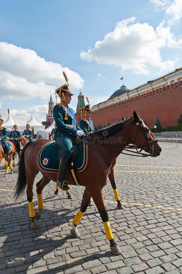A cavalaria presidencial do regimento do russo acompanha o esquadrão fotos de stock royalty free