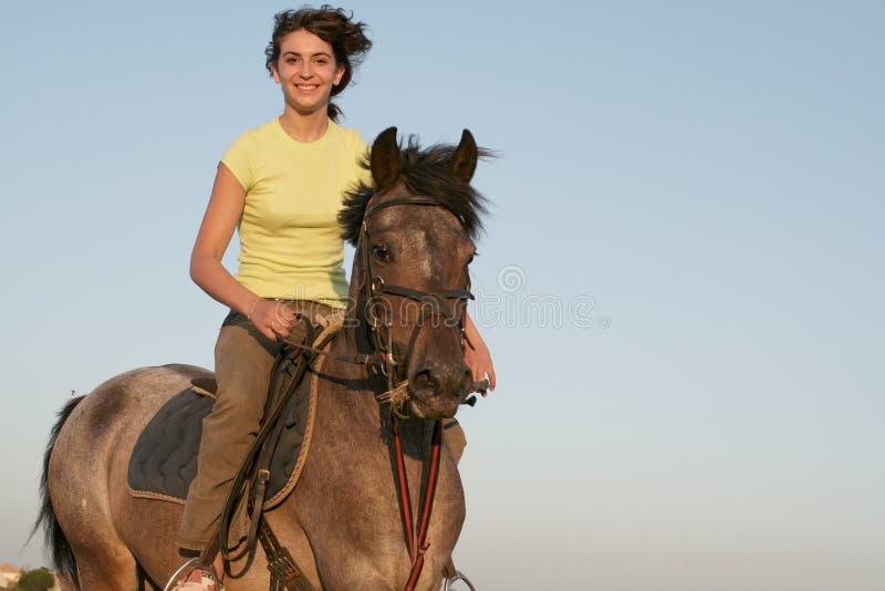Cavaleiro adolescente foto de stock royalty free