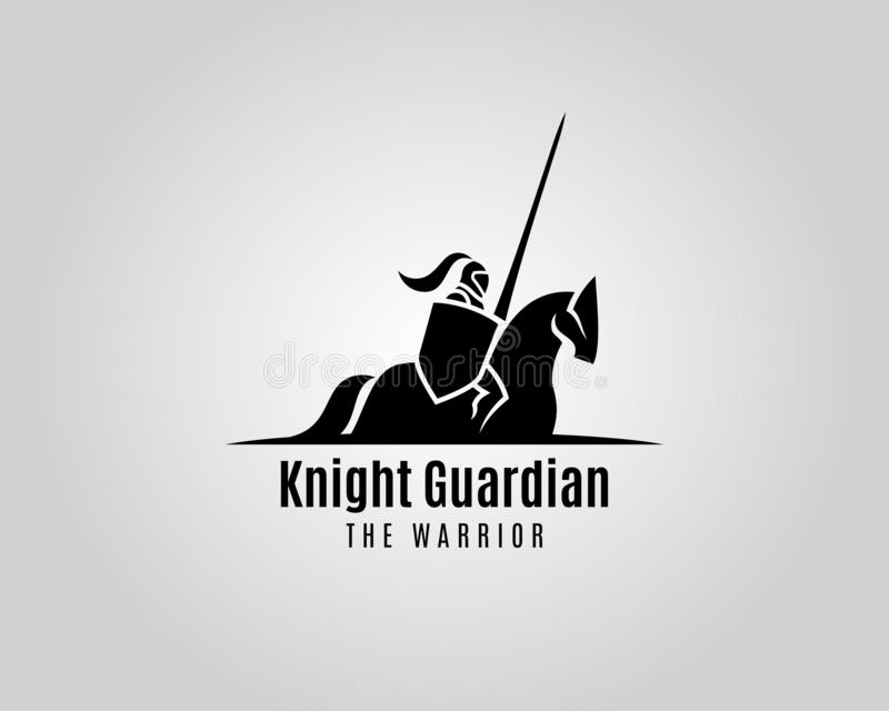 Cavaleiro com protetor e lança em um cavalo foto de stock