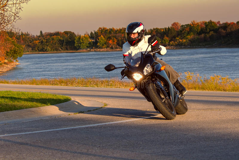 Cavaleiro da motocicleta fotografia de stock royalty free