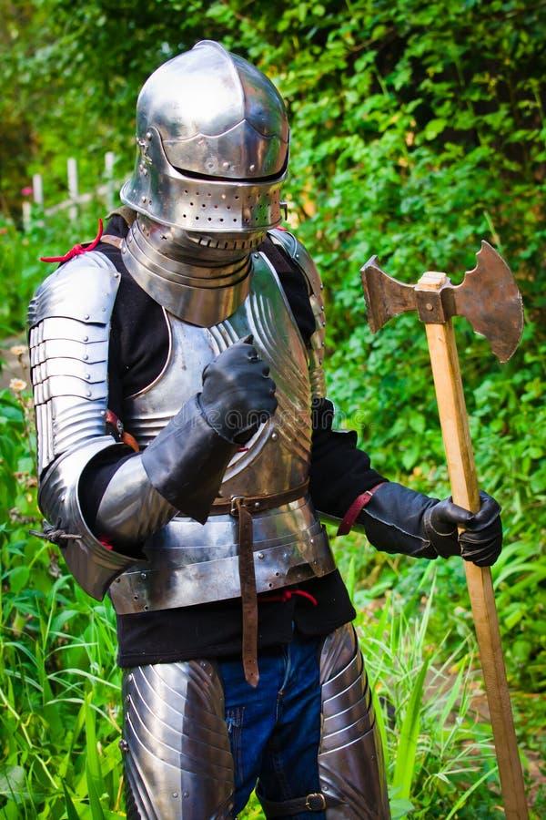 Cavaleiro na armadura de brilho fotos de stock royalty free