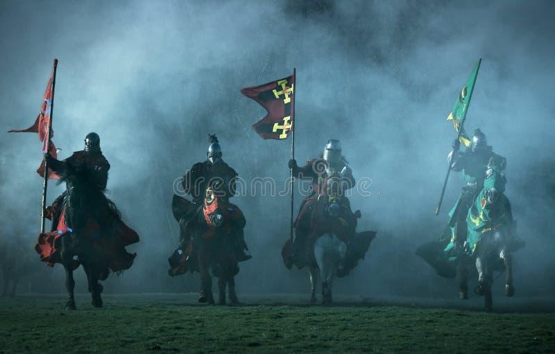 Cavaleiros medievais fotografia de stock
