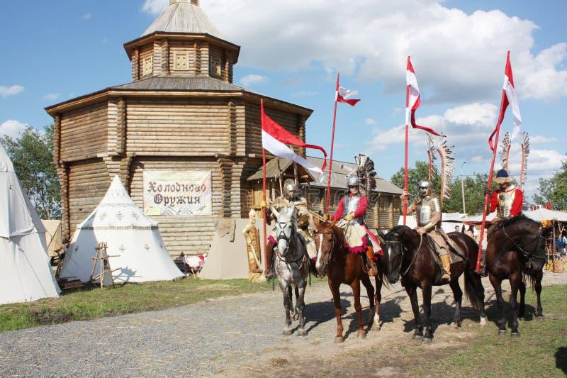 Cavalerie à ailes Le Grand-Duché de la Lithuanie chevalerie festival Mstislavl photo stock