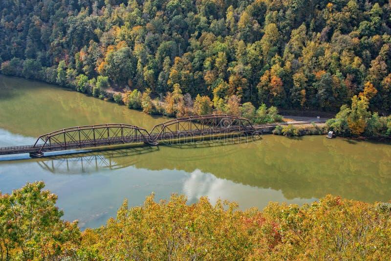 Cavalete da estrada de ferro no parque estadual do ninho dos falcões em West Virginia fotos de stock royalty free