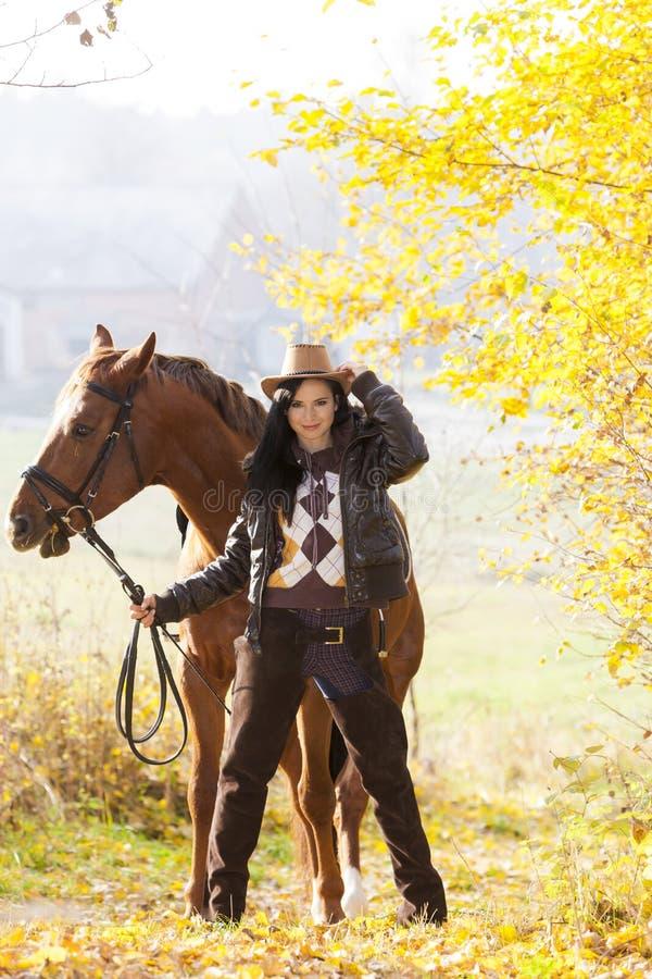 Cavalier avec son cheval photos libres de droits