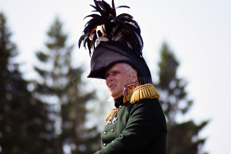 Cavalier de cheval de Reenactor à la reconstitution historique de bataille de Borodino en Russie photos libres de droits