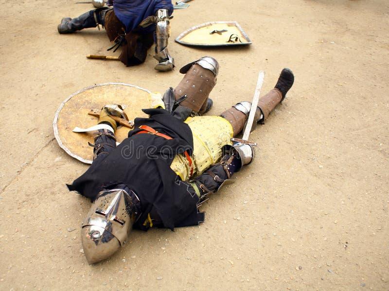 Cavaliere sconfigguto fotografia stock libera da diritti