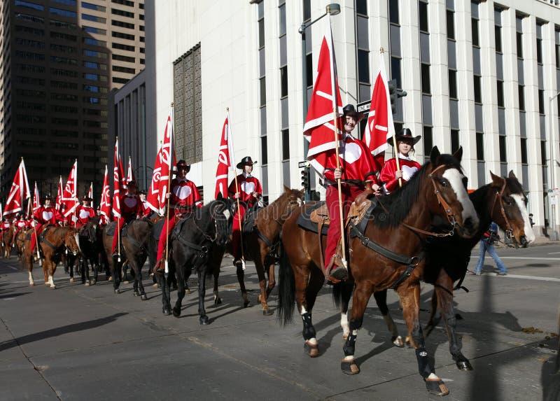 Cavalieri nella parata di riserva occidentale nazionale di manifestazione immagine stock