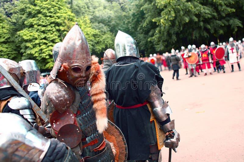 Cavalieri prima di una lotta fotografia stock libera da diritti
