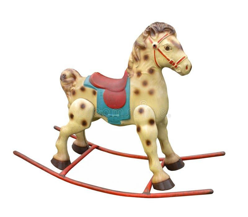 Cavalo de balanço da criança idosa isolado. foto de stock