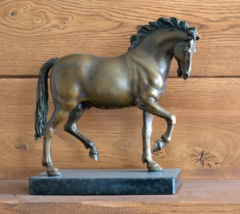 Cavalo de bronze fotos de stock
