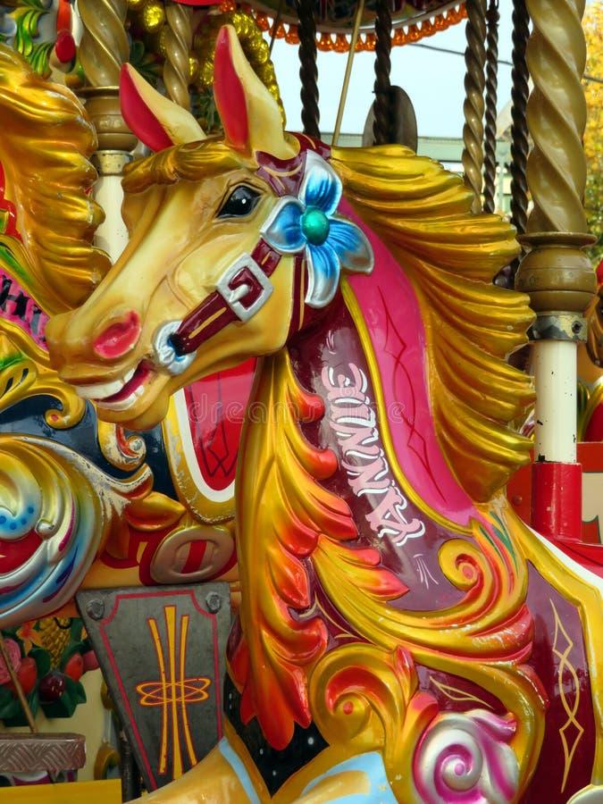 Cavalos em um carrossel fotografia de stock royalty free