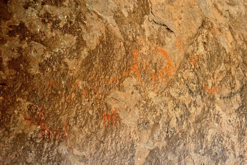 Cave o desenho que descreve lamas perto da cidade de Oruro fotos de stock