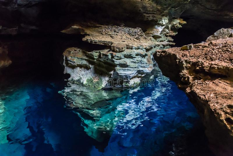 Caverna buona blu, Chapada Diamantina, Bahia, Brasile fotografia stock libera da diritti