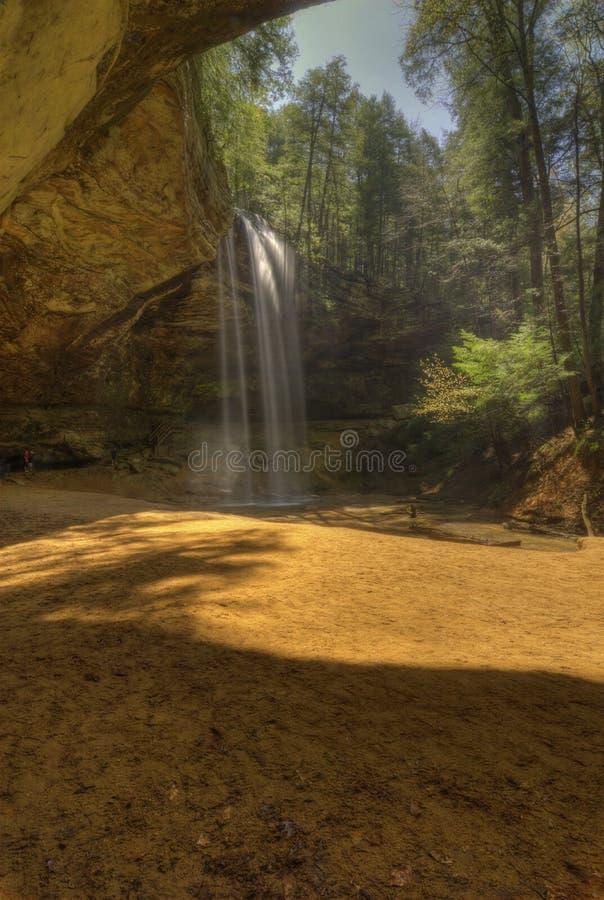 Caverna da cinza em montes Ohio de Hocking imagens de stock