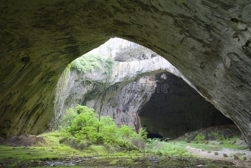 Caverna de Devetshka imagem de stock