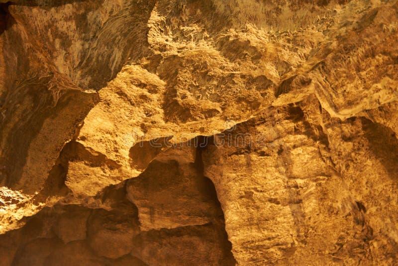 Caverna del pipistrello - un franare la valle di BÄ™dkowska a Cracovia-CzÄ™stochowa fotografie stock