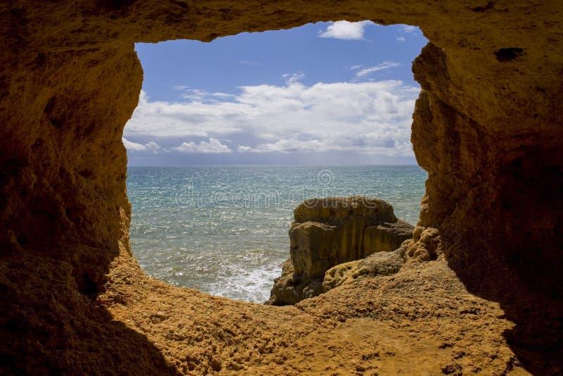 Caverna dell'oceano immagine stock