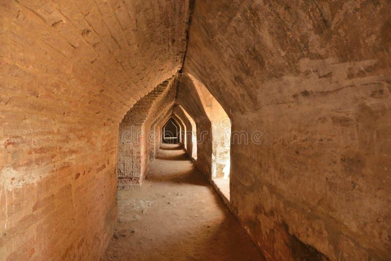 Caverna della pagoda del Myanmar Mandalay Yadana Hsemee immagini stock libere da diritti