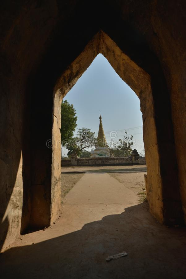Caverna della pagoda del Myanmar Mandalay Yadana Hsemee fotografie stock libere da diritti