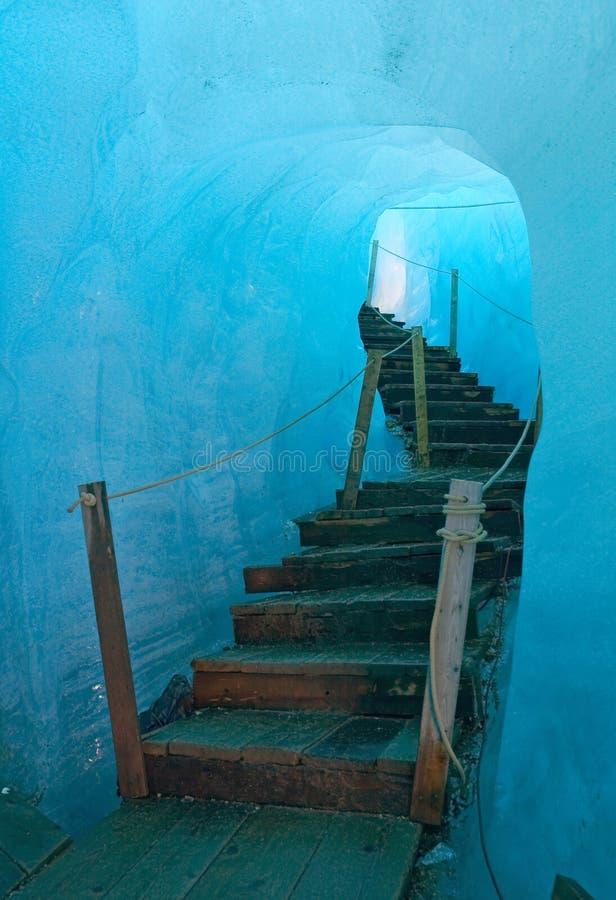 Caverna di ghiaccio immagini stock