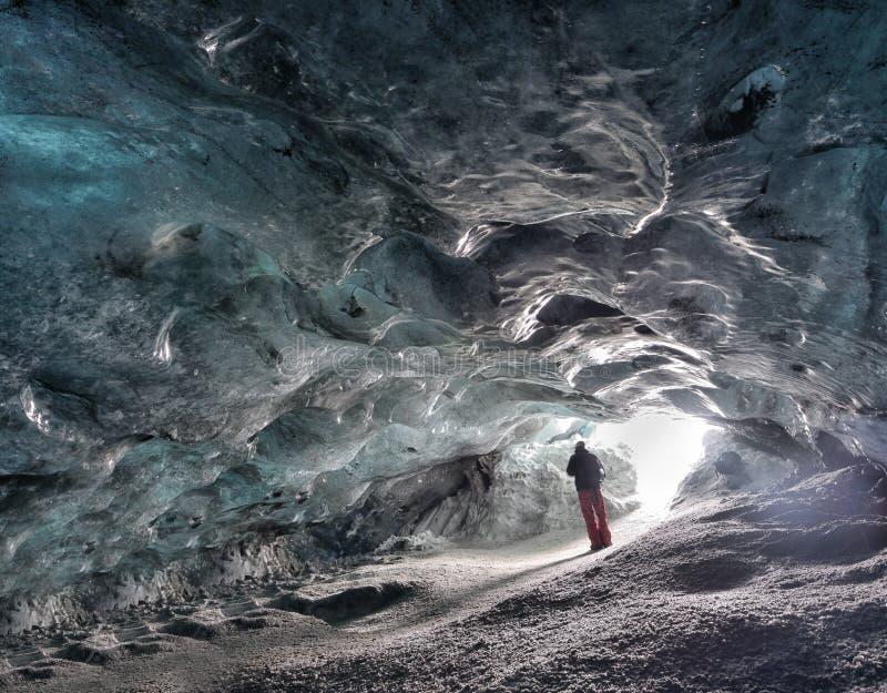 Caverna di ghiaccio dell'Islanda immagine stock