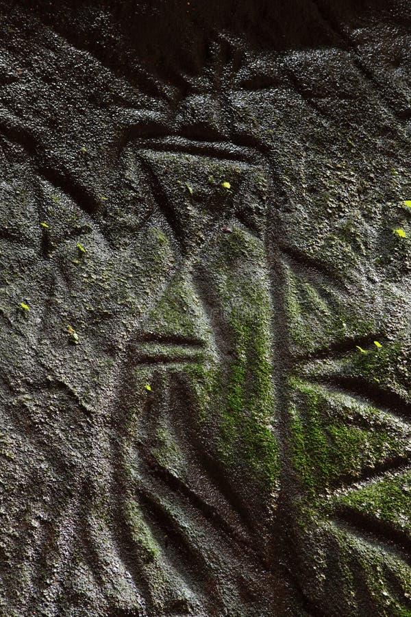 Caverna-Petroglifo di Edakkal immagine stock