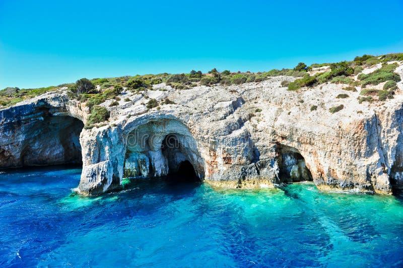 Cavernas azuis na ilha de Zakynthos, Greece imagem de stock royalty free