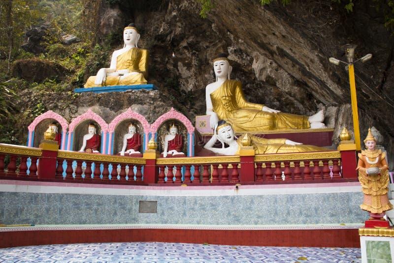 Caverne de Bayin Nyi dans Hpa-An, Myanmar images libres de droits