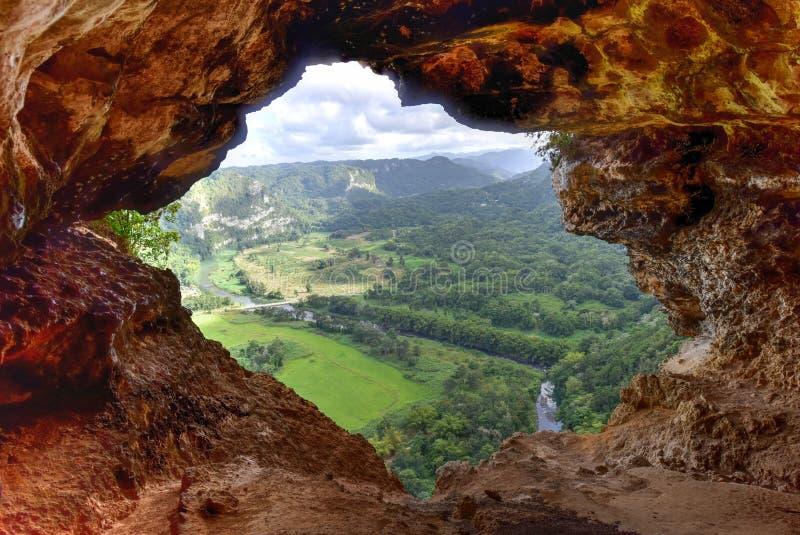 Caverne de fenêtre - Porto Rico image stock